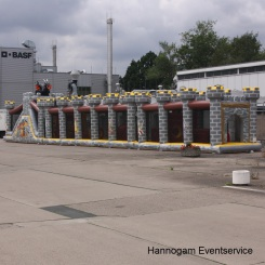 Hüpfburg Ritter Parcours